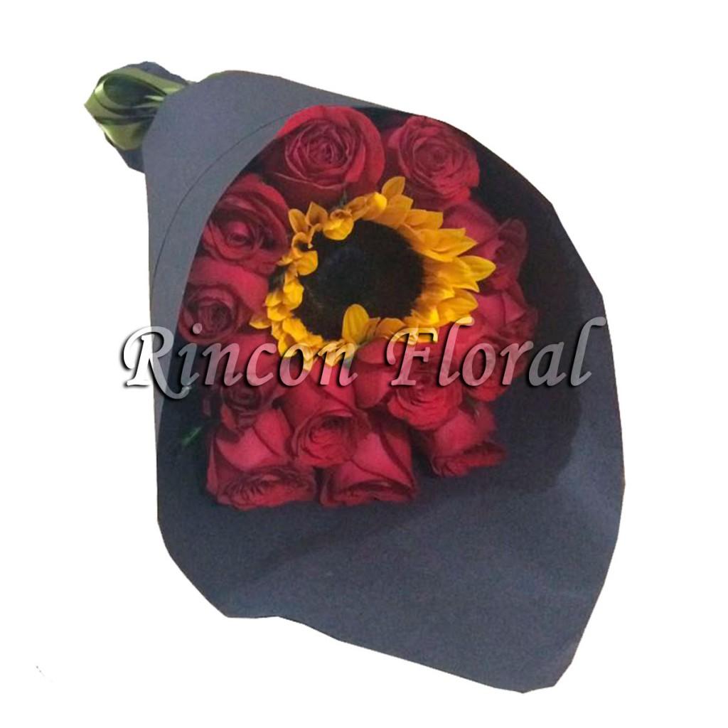 12 Rosas Rojas Con Girasol Codigo Rf210