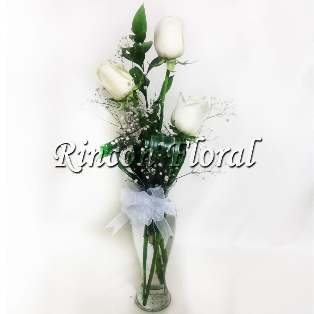 Violetero Con 3 Rosas Blancas Código Rf148